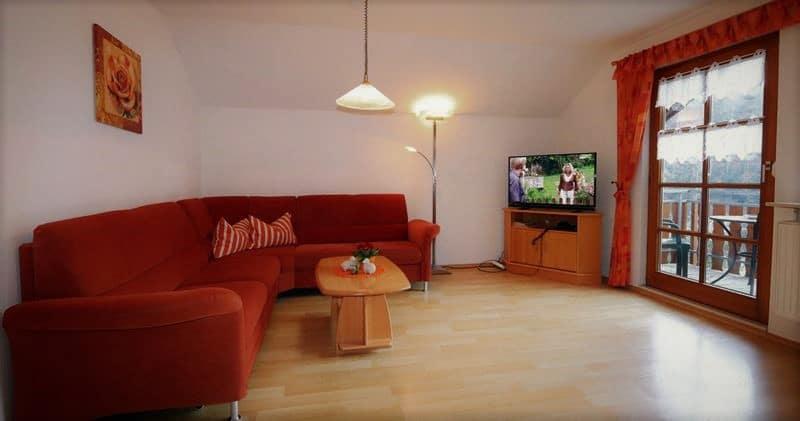 Wohnzimmer der Ferienwohnung auf dem Halterhof
